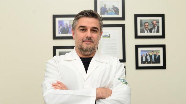 230816_agrotoxicos-medico